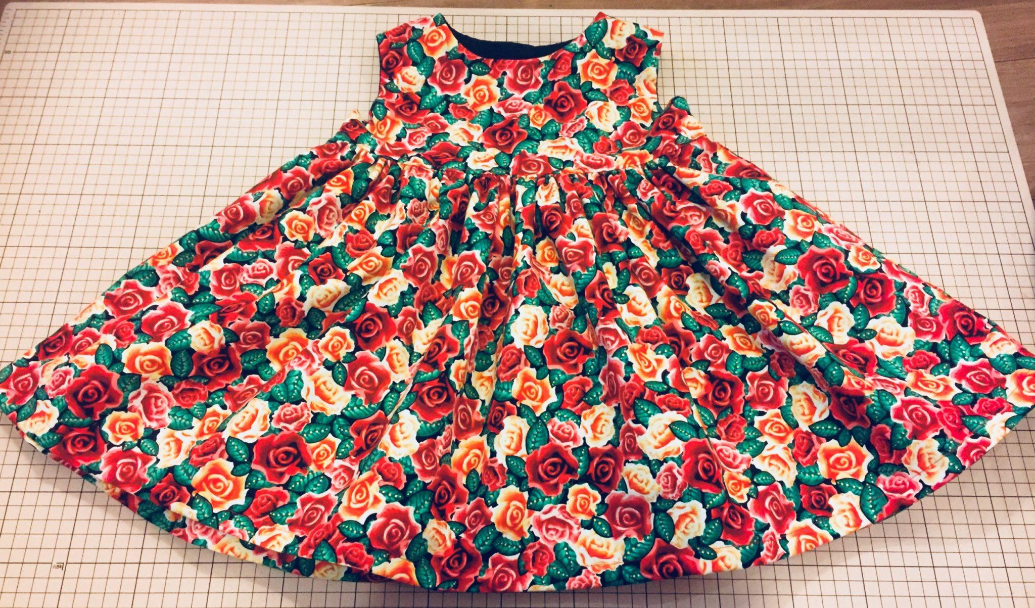 29535141b63ef 子供服|裏地付き『DOUDOUの女の子とママが着たい服』「ママとお揃いワンピース」のレポート